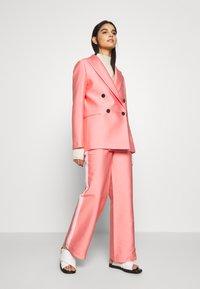 DESIGNERS REMIX - HAILEY - Blazer - pink - 1
