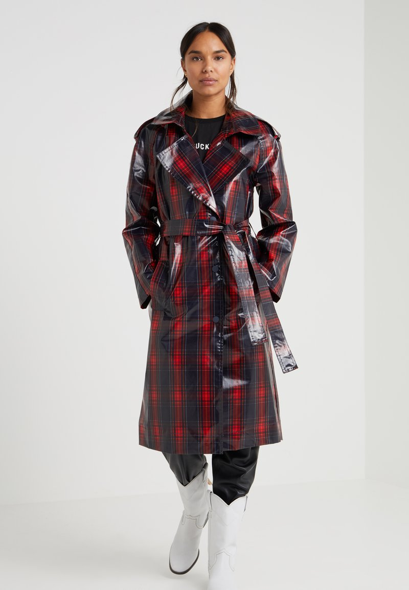 DESIGNERS REMIX - BLAINE COAT - Gabardina - navy/red check