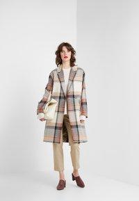 DESIGNERS REMIX - PENELOPE COAT - Płaszcz wełniany /Płaszcz klasyczny - multi colour - 1