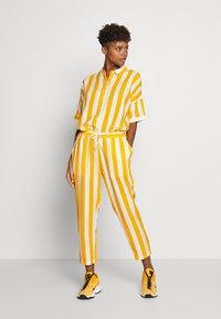Dedicated - PANTS SKAGEN  - Kalhoty - yellow - 1