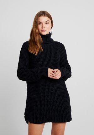OSLO - Pletené šaty - black