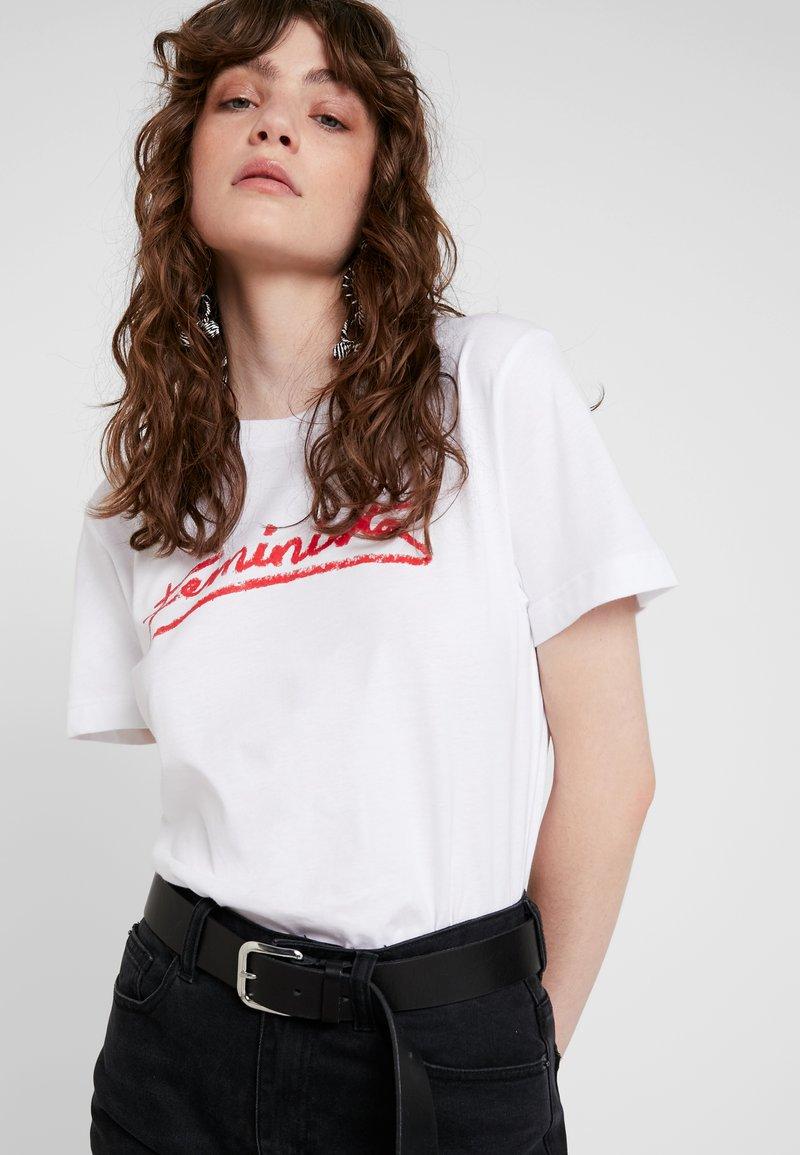 Dedicated - MYSEN FEMINISTA - T-Shirt print - white