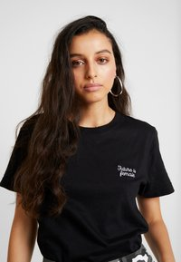 Dedicated - MYSEN FUTURE IS FEMALE - Print T-shirt - black - 3