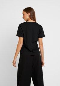 Dedicated - MYSEN FEMINISM - Print T-shirt - black - 2