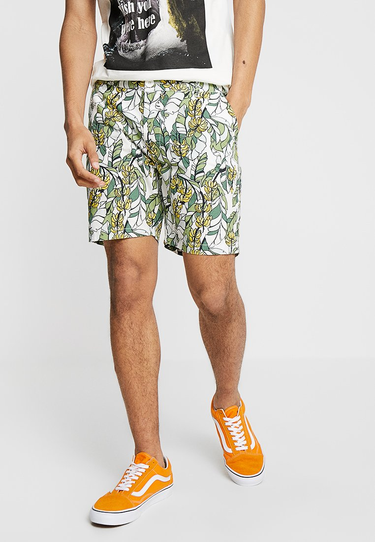 Dedicated - LAHOLM BANANA LEAVES - Shorts - off-white