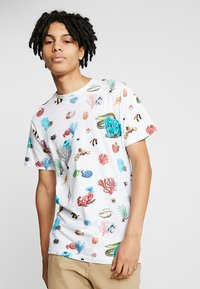 Dedicated - CORAL REEF - T-shirts print - off-white - 0
