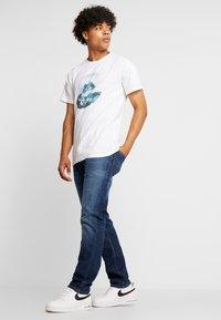 Dedicated - STOCKHOLM BACK TO REALITY - Print T-shirt - white - 1
