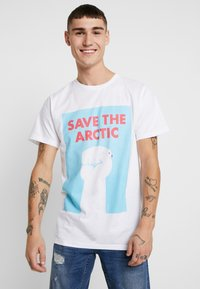 Dedicated - STOCKHOLM SAVE THE ARCTIC - Camiseta estampada - white - 0