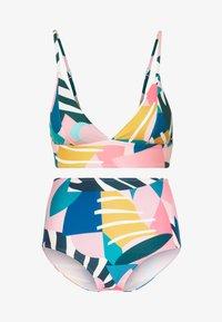Dedicated - SLITE BOTTOM COLLAGE LEAVES SET - Bikini - pink - 4