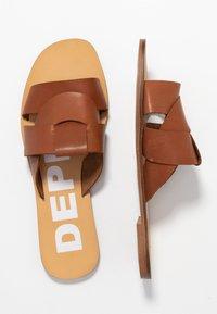 Depp - Pantofle - gognac - 3