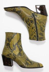 Depp - Kovbojské/motorkářské boty - verde - 3