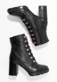 Depp - Kotníkové boty na platformě - black - 3
