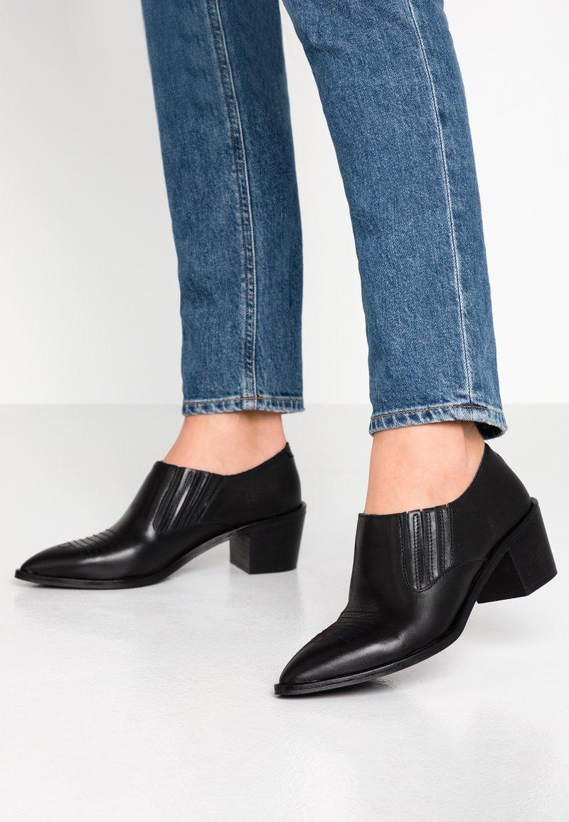 Depp - Ankle Boot - black