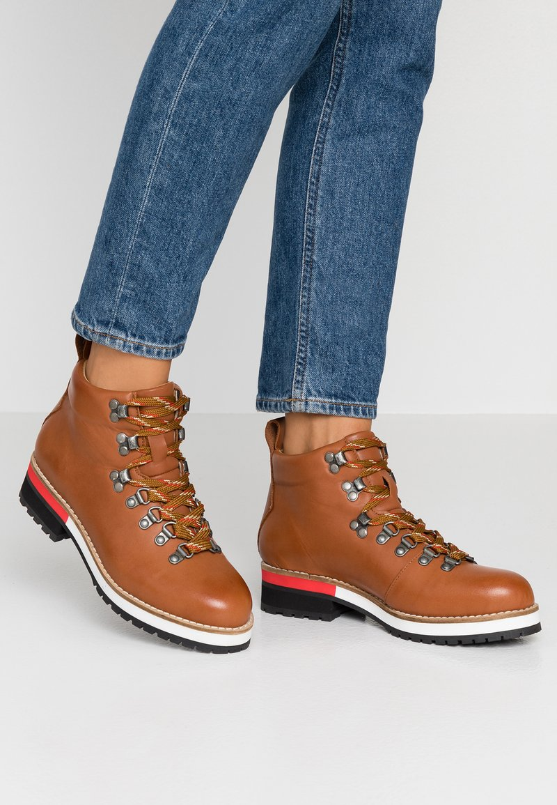 Depp - Ankle Boot - coñac