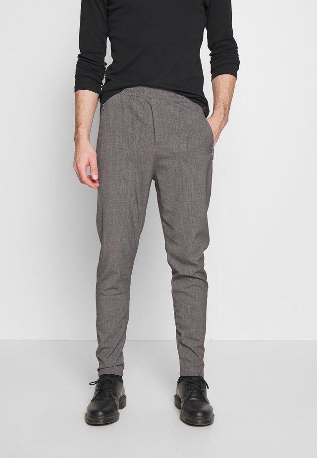 SUIT PANT - Bukse - grey