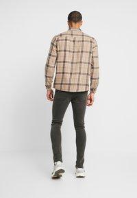 Denim Project - MR. RED - Jeans Skinny - grey - 2