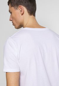 Denim Project - PABLO 2 PACK  - T-shirt basic - white - 4