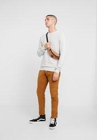 Denim Project - KABIR  - Stickad tröja - light grey - 1