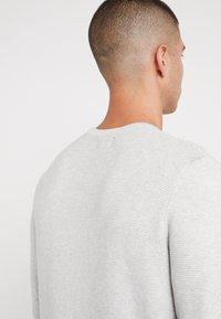 Denim Project - KABIR  - Stickad tröja - light grey - 5