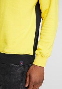 Denim Project - CREW - Sweatshirt - black/yellow - 3