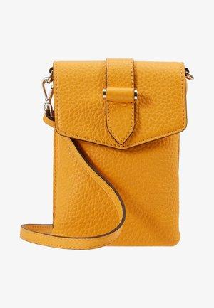 GINA MOBILE CROSS OVER - Taška spříčným popruhem - golden yellow