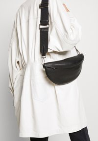 Decadent Copenhagen - TRINA SMALL BUM BAG - Bum bag - black - 1