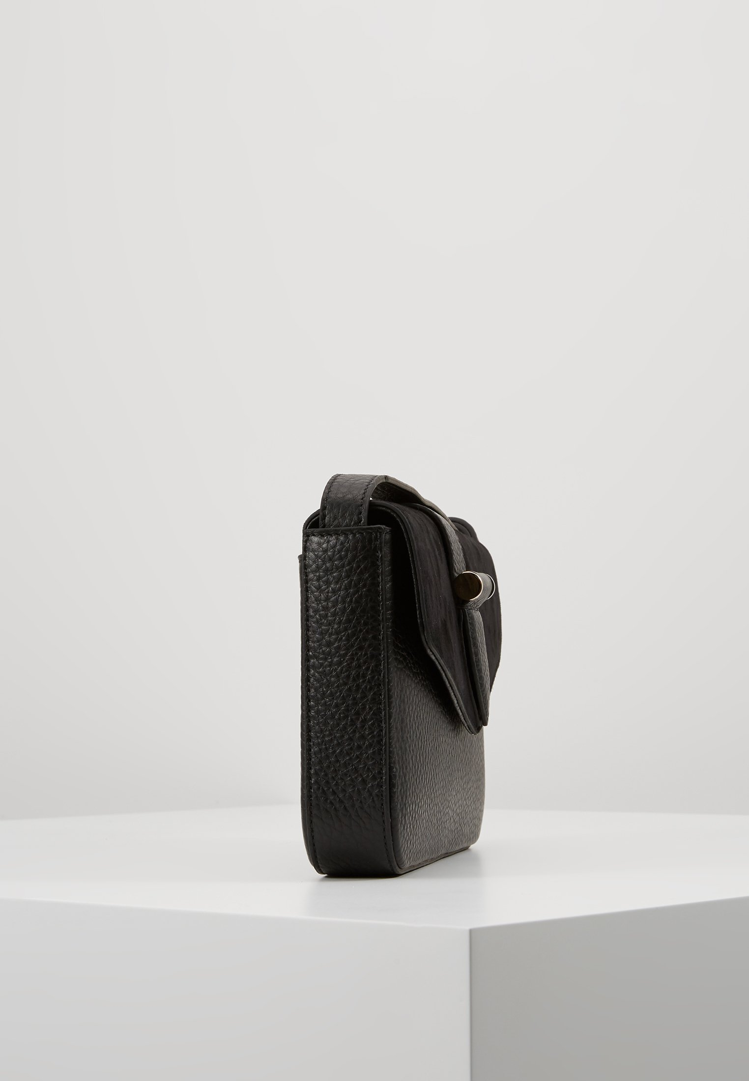 Decadent Copenhagen Miranda Shoulder Bag - Handväska Black