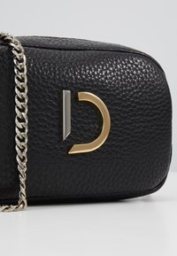 Decadent Copenhagen - MICHELLE TINY BAG - Torba na ramię - black - 2