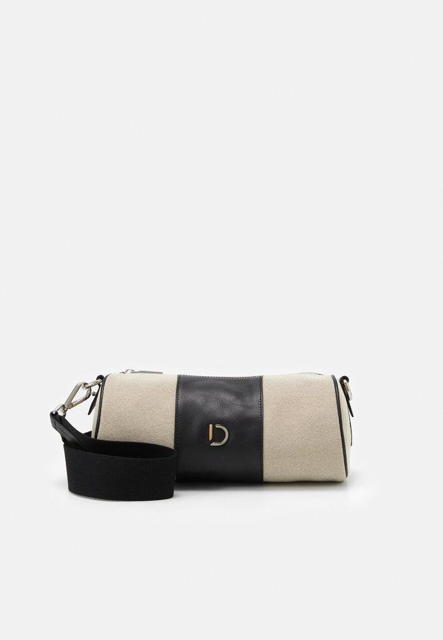 MOIRA SPORTSBAG - Across body bag - black