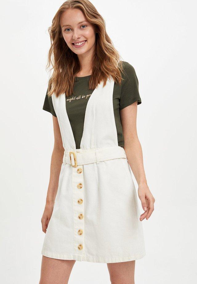 Vestido informal - ecru