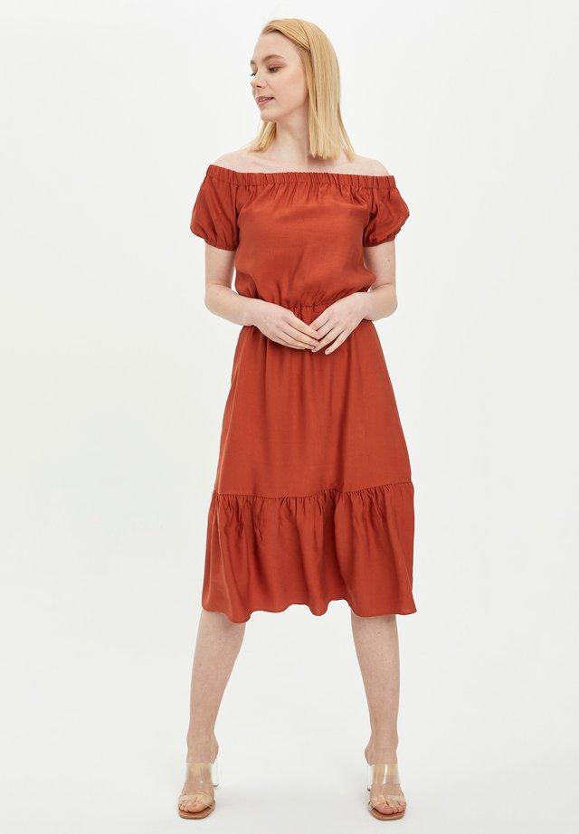 DEFACTO WOMAN SUMMER BORDEAUX - Sukienka letnia - bordeaux