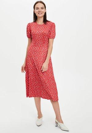 DEFACTO WOMAN RED - Vestido informal - red