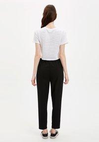 DeFacto - Pantalon classique - black - 2