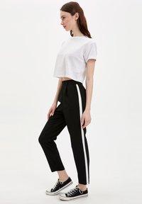 DeFacto - Pantalon classique - black - 1