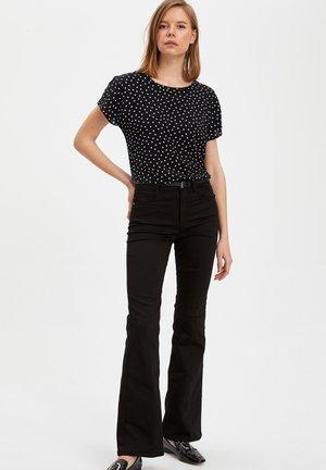 DEFACTO  WOMAN - Print T-shirt - black