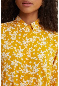 DeFacto - Button-down blouse - yellow