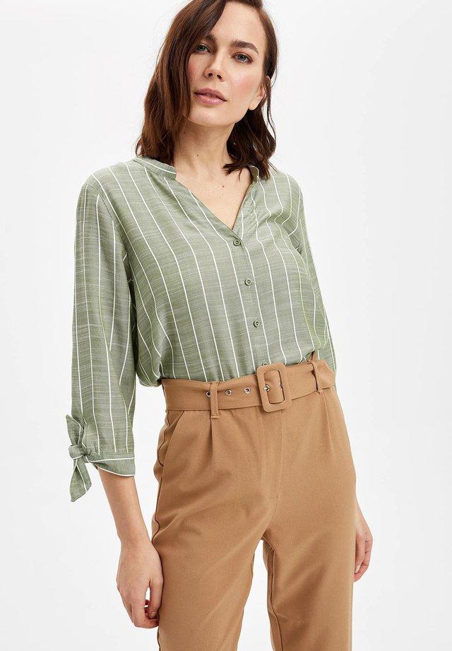 DEFACTO  WOMAN  - Button-down blouse - green