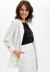 DeFacto - DEFACTO  WOMAN  - Manteau court - white - 4