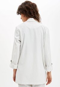 DeFacto - DEFACTO  WOMAN  - Manteau court - white - 2