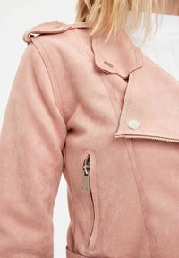 DeFacto - Giacca in similpelle - pink - 3
