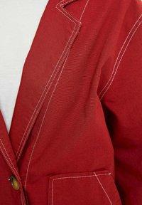 DeFacto - Krótki płaszcz - bordeaux - 3