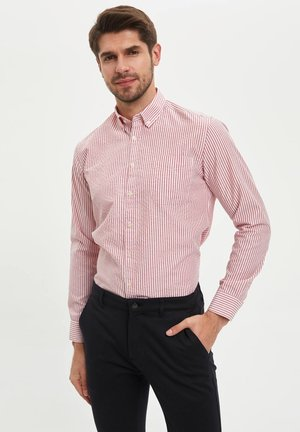 MODERN FIT - Chemise - red