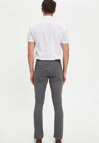 DeFacto - Pantaloni - grey - 2