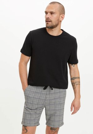 DEFACTO MAN  GREY - Shorts - grey