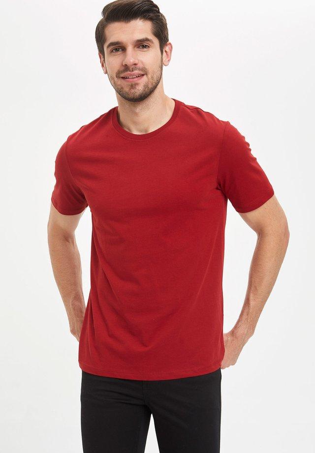 Basic T-shirt - bordeaux