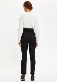DeFacto - Pantalones - black - 2