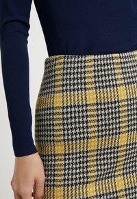 Diane von Furstenberg - LENNA - Pouzdrová sukně - black/ivory/couch - 4