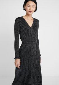 Diane von Furstenberg - BROOKLYN - Áčková sukně - black - 3