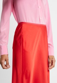 Diane von Furstenberg - EXCLUSIVE MAE SKIRT - A-line skirt - red - 5