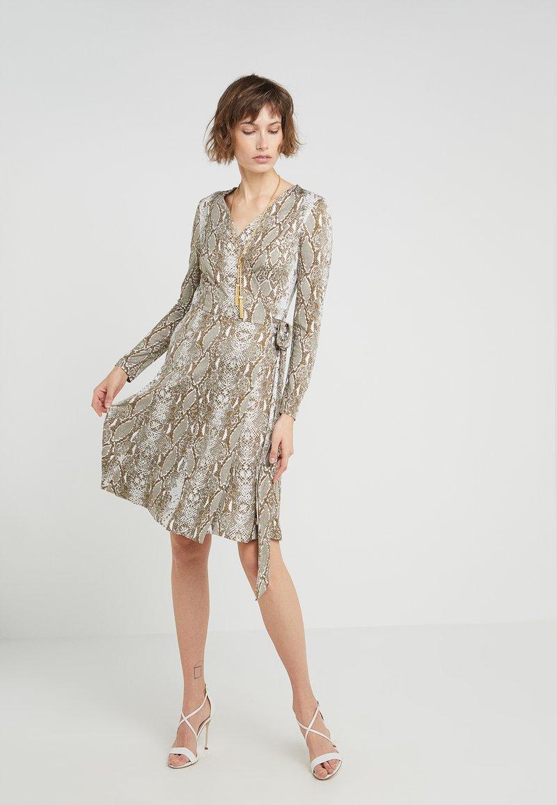 Diane von Furstenberg - ELOWEN - Jersey dress - olive